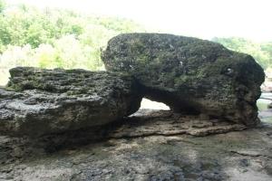 11rockisland_channel_rocks