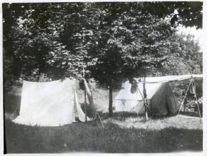LelandCamp_1915_cropped