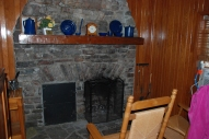 94cabin_fireplace