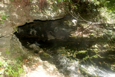 22blowhole_cave