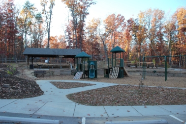 09yurt_village_playground
