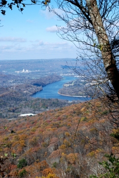 32moccasin_bend