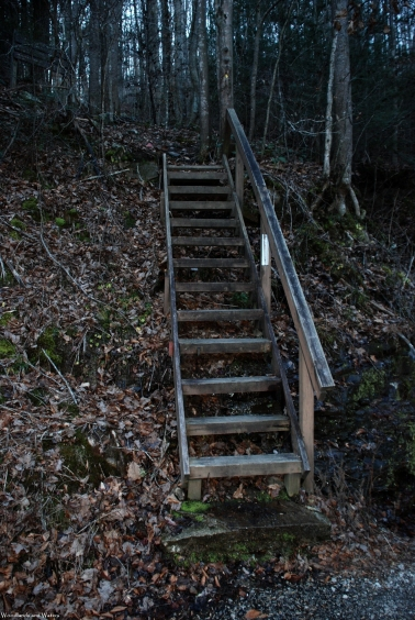 83northern_trailhead_steps