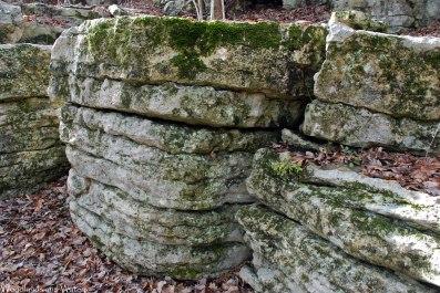 12floating_rocks