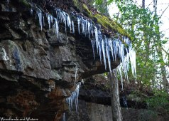 21bluff_icicles