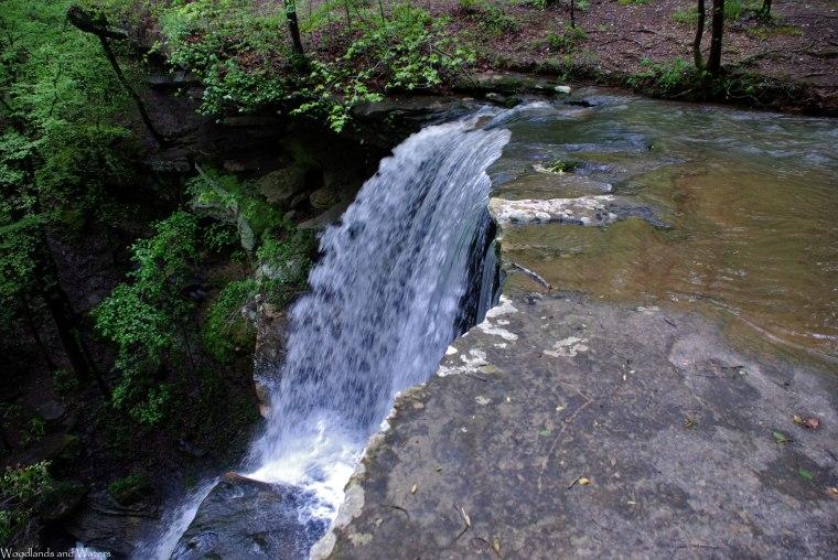 04waterfall