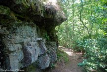 05trailside_boulders