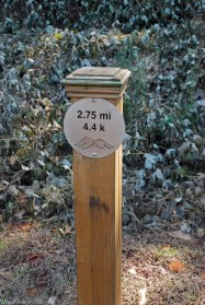 12trail_distance_marker